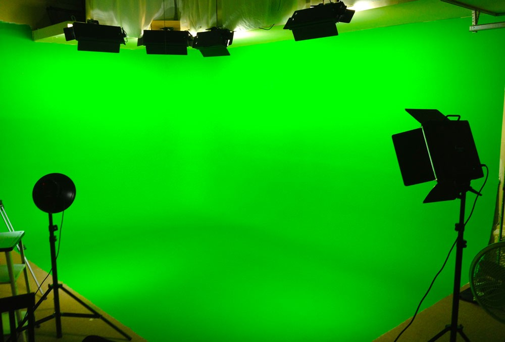 Chroma-key and Green Screen video test